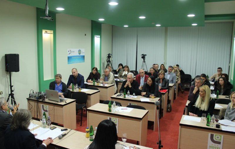 Прва Панел дискусија на тему Цензура и аутоцензура у медијима и говор мржње, одржана у Чачку, фото: Глас западне Србије