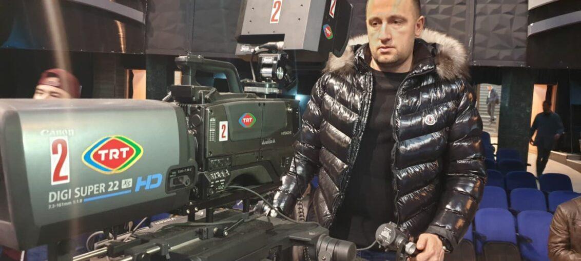 Алем Ровчанин на едукацији у Турској радио телевизији (ТРТ), фото: РИНА
