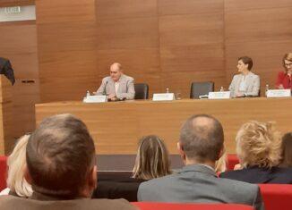 Јавна расправа о нацрту медијске стратегије у Београду