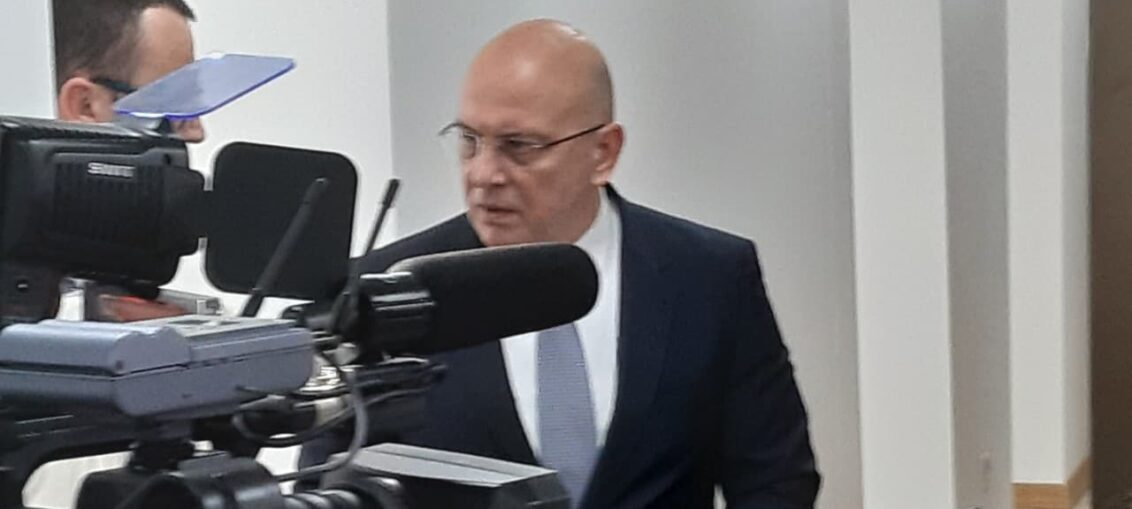 Министар културе и информисања Владан Вукосављевић
